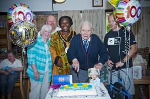 Alf-100th-Birthday_69_web